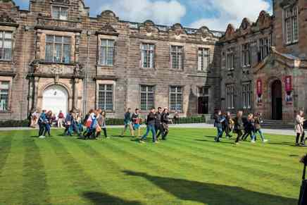 Research Fellow in Astrophysics (Extrasolar Planetary Science) at St. Andrews University, Scotland – Ref.AR2194HM